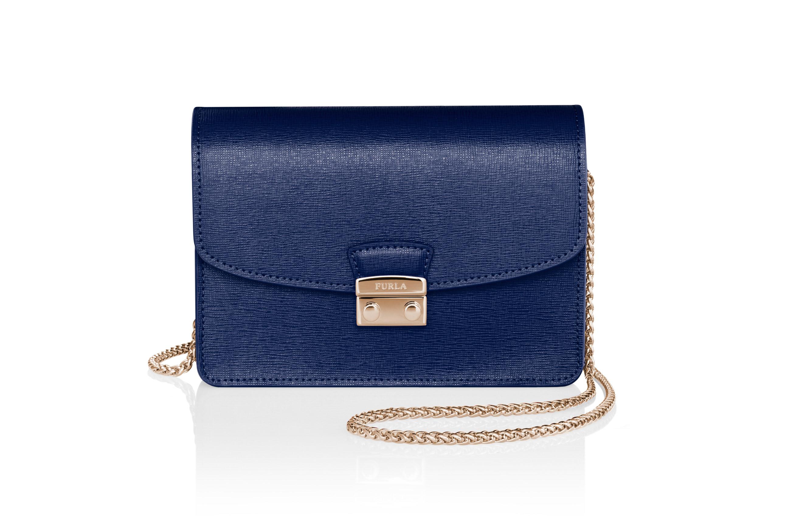 SKYlink_Furla_Giulia_Packshot_sRGBB-blau